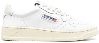 AUTRY Logo Patch Low-Top Sneakers