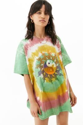 Urban Outfitters Yin Yang Tie-Dye Dad T-Shirt - Green S/M at