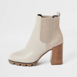 River Island Beige chunky faux leather heeled chelsea boot