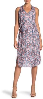Love Stitch Sleeveless Floral Dress