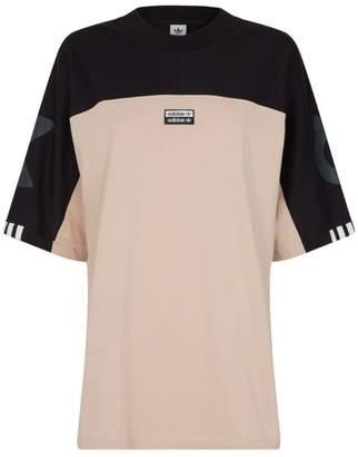 adidas Logo Colour-Block T-Shirt
