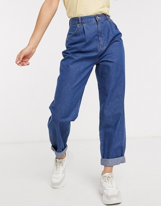 Asos DESIGN Lightweight mom jeans with pleat front detail in midwash blue