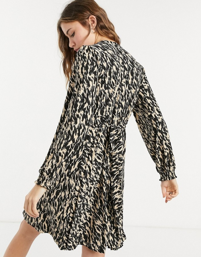 Thumbnail for your product : Qed London soft touch mini skater dress in black and white abstract print