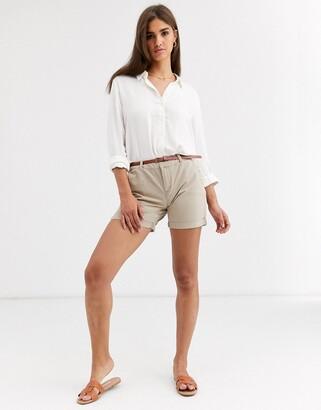 Vero Moda chino shorts