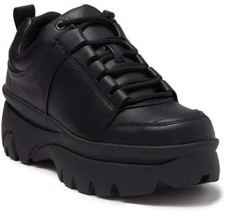Steve Madden Howl Exaggerated Sole Sneaker