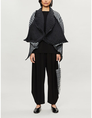 Issey Miyake Cape-sleeve pleated woven jacket