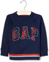 Gap Textured graphic crew pullover