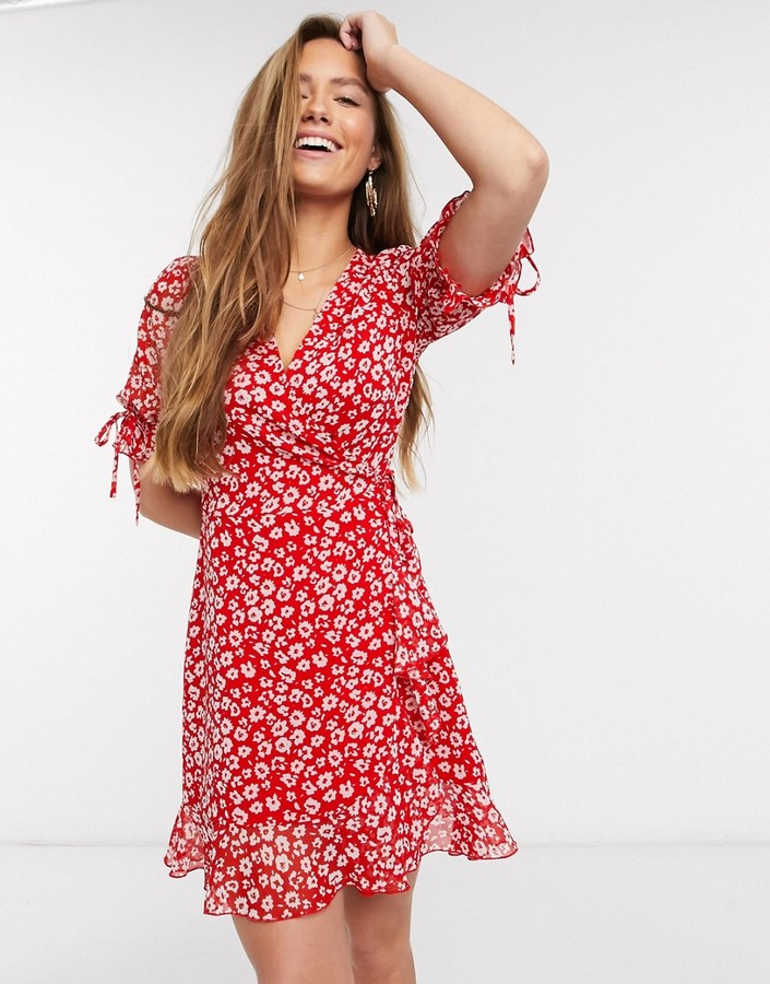 New Look ruched detail sleeve wrap mini dress in red floral print