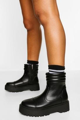 boohoo Padded Cuff Chunky Sole Hiker Boot