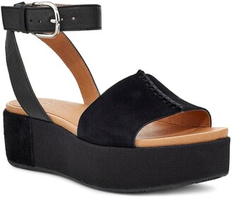 UGG Chapala Platform Wedge Sandal
