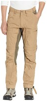 Fjallraven Abisko Lite Trekking Zip Off Trousers (Sand/Tarmac) Men's Casual Pants