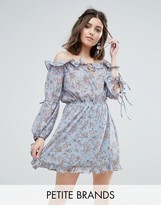 Glamorous Petite Off Shoulder Frilly Hem Dress In Vintage Floral Print
