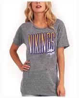 Junk Food Clothing Women's Minnesota Vikings Big Draw T-Shirt