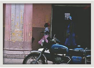 Zoe Bios Creative Selby Pena - Cuba Motorcycle