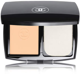Chanel Ultrawear Flawless Compact Foundation - Colour Beige 10