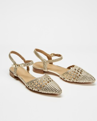 Spurr Women's Gold Flat Sandals - Cass Flats - Size 5 at The Iconic
