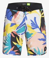 Quiksilver Men's Board Shorts SNOW - Snow High Tropical Flower Board Shorts - Men & Big