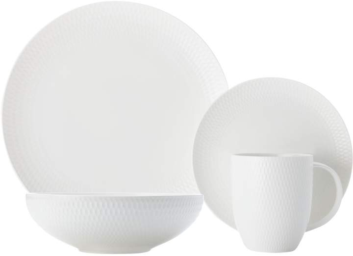 Maxwell & Williams Round Diamond Porcelain 16-Piece Dinnerware Set