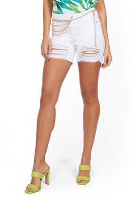 New York & Co. Lexi High-Waisted Destroyed 5-Inch Short - White