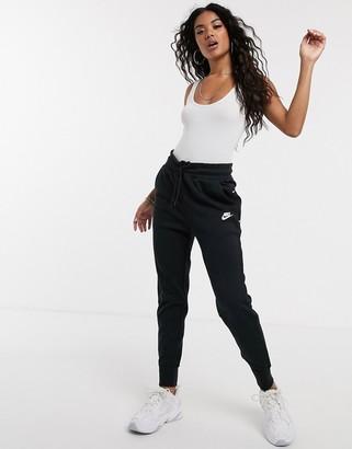 Nike black Tech Fleece sweatpants