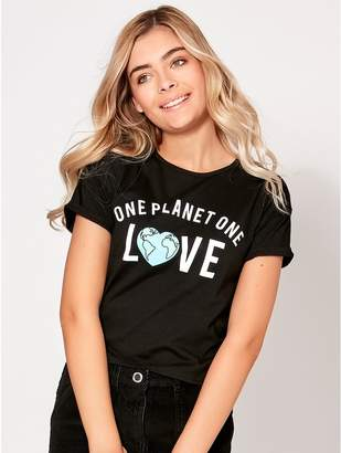 M&Co Teen one planet one love slogan t-shirt