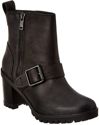 UGG Women's Fern Leather Boot