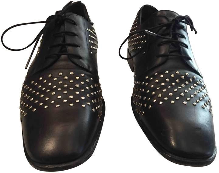 Chanel Leather lace ups