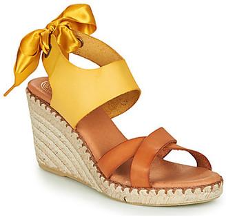 Pataugas FIONA women's Sandals in Yellow