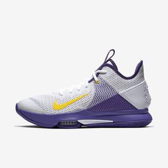 Nike Basketball Shoe LeBron Witness 4