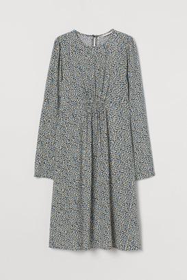 H&M MAMA Puff-sleeved Dress - Blue