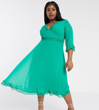 ASOS DESIGN Curve pleated midi dress with lace inserts in emerald green