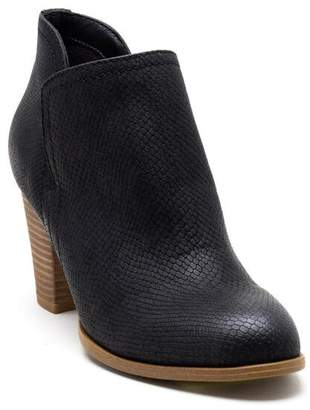 Fergalicious Charley Low Ankle Boot - Black