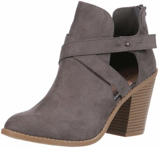 Rampage Women's Vedette Side Cut Out Chunky Stacked Heel Ankle Bootie Boot