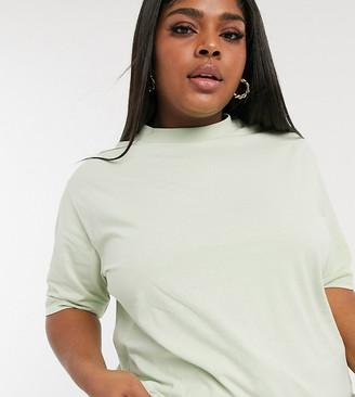 Collusion Plus exclusive colour oversized t-shirt in pistachio