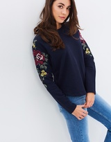 Only Darma LS Flower Embroidery Sweat