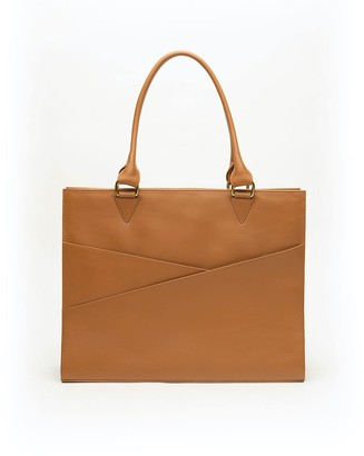 Holly & Tanager Confidante Structured Leather Tote In Caramel