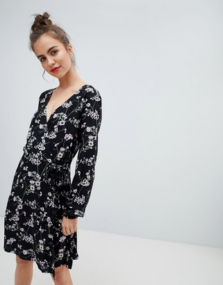 Blend She Alicia Printed Wrap Dress