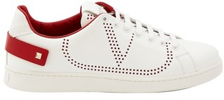 Valentino Backnet trainers with Vlogo motif