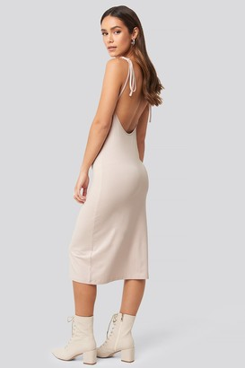 NA-KD Open Back Shift Midi Dress