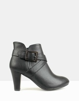 betts Jenkins Heeled Ankle Boots