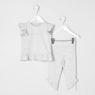 River Island Mini girls RI Active Grey T-shirt outfit