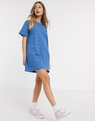 Quiksilver Printed jersey dress in blue