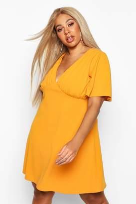 boohoo Plus Angel Sleeve Ruched Detail Swing Dress
