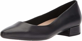 Easy Spirit Women's Caldise Pump