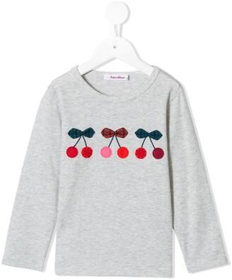 Familiar cherry motif T-shirt