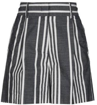 Gold Case Bermuda shorts