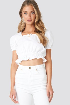 NA-KD Cropped Frill Short Sleeve Top Beige