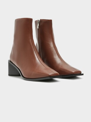 Therapy Womens Sierra Ankle Boots in Tan