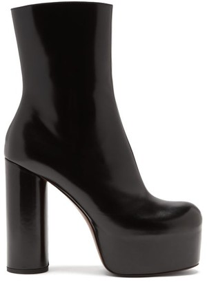 Vetements Platform Heeled Leather Ankle Boots - Black