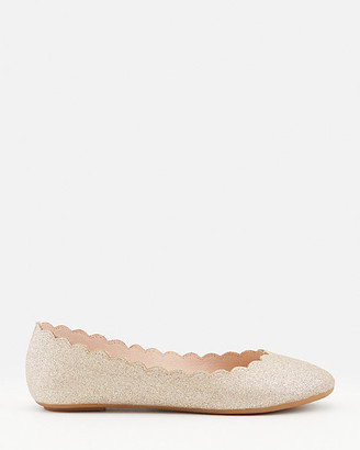 Le Château Scalloped Faux Suede Pointy Toe Flat